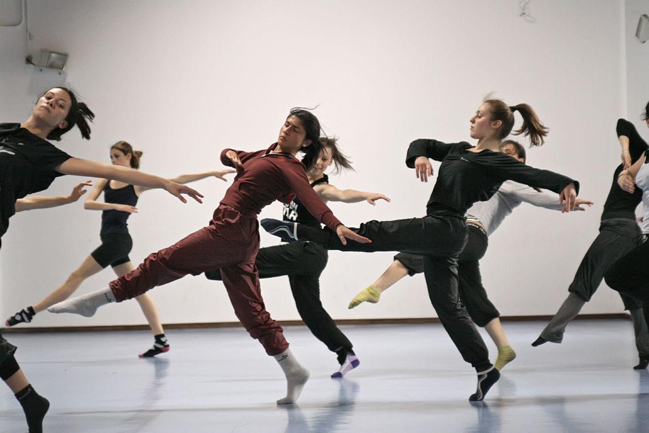 Мастер-класс современных танцев
